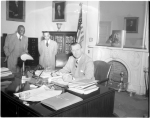 Gov. McKeldin with Marse Callaway and Carl Murphy, HEN.00.B1-069